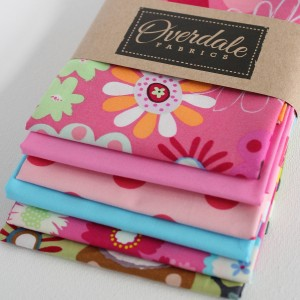 crazy daisy set of 6 fat quarters in packaging