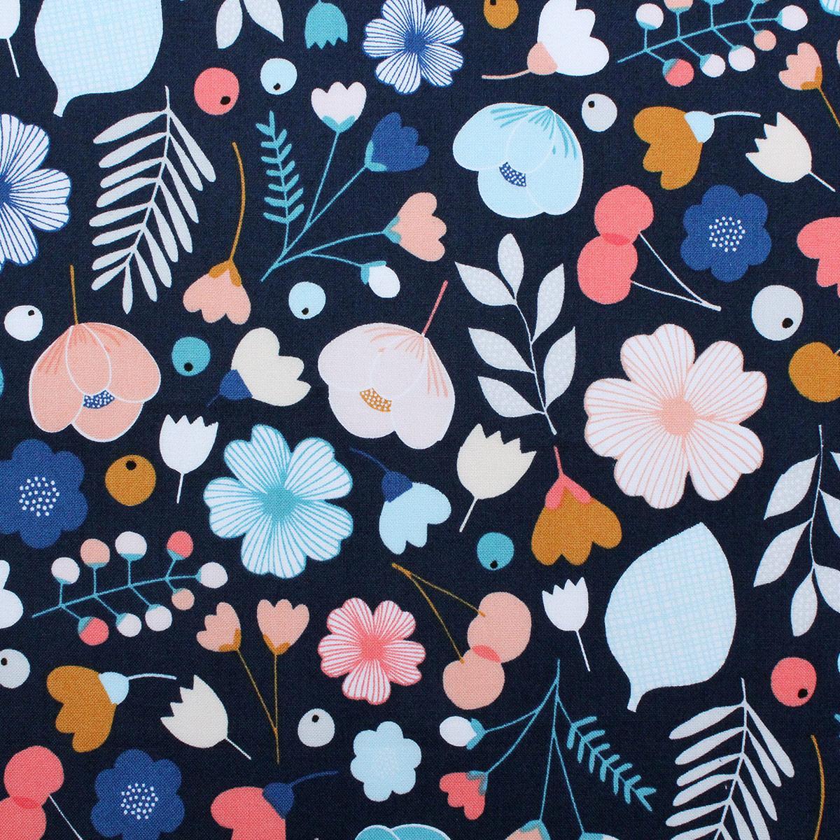 6 Fat Quarters Bountiful In Blue Overdale Fabrics