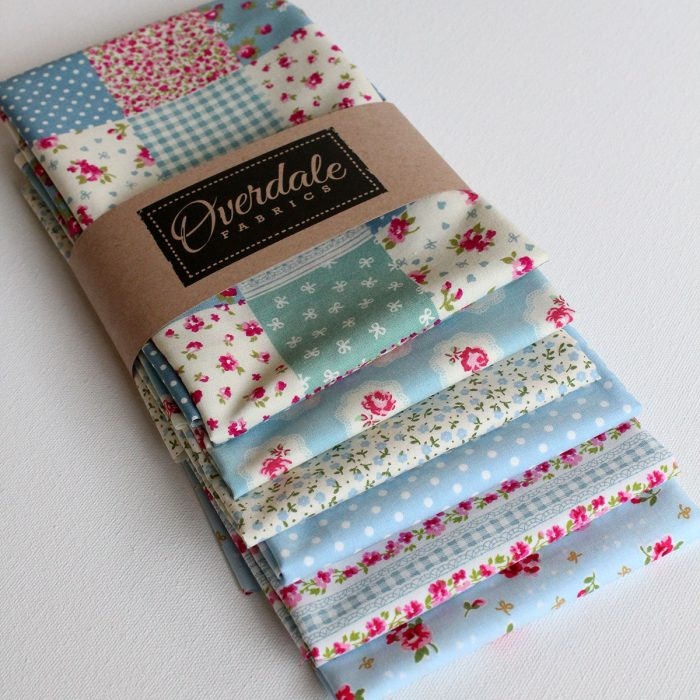 Vintage blue fat quarter pack