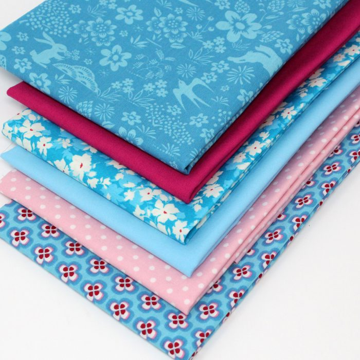 Cotswold country fat quarter pack in turquoise.