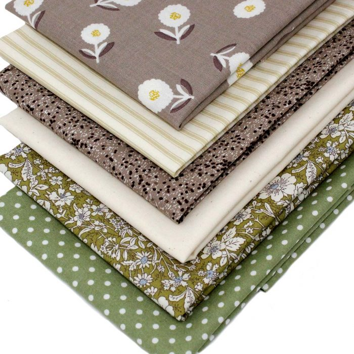 Natural shades fat quarter pack.