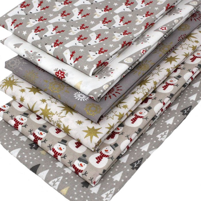 jolly Christmas fat quarter fabric pack