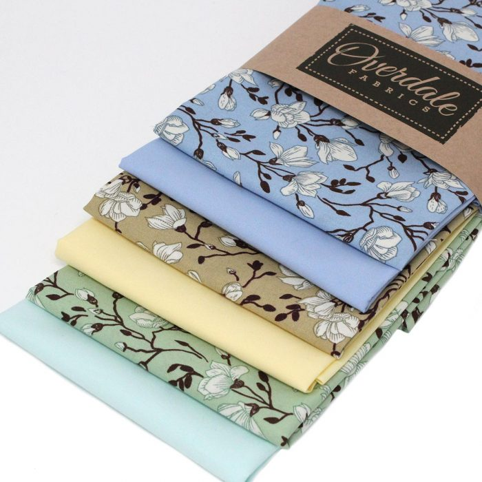 Fat quarter bundle, magnolia tree.